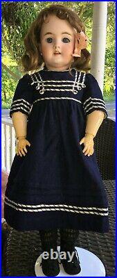 22 Handwerck 109 Bisque Head Doll
