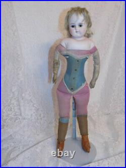 Antique German ABG Alt Beck Gottschalk Turned Shoulder Head Closed Mouth Doll #