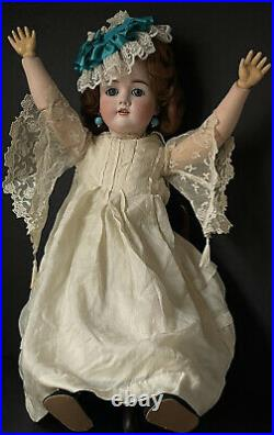 Antique German Kley and Hahn Walkure 23 Doll Bisque Head Composition Body
