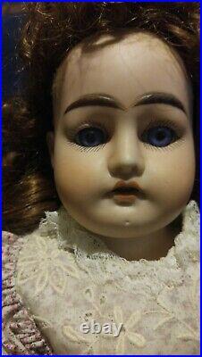 Antique Handwerck bisque hands and head doll 20