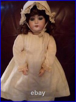 Antique SIMON & HALBIG Bisque Head German Doll # 1079 (22)
