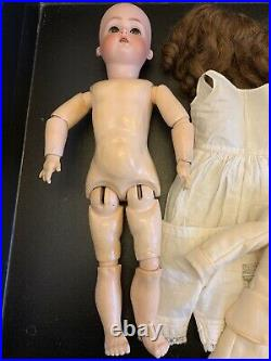 Beautiful 17 K R Simon And Halbig Kammer And Reinhardt Antique Bisque Head Doll